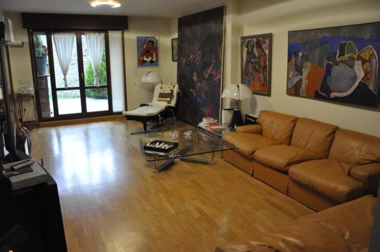 Casa / Chalet en venta en Vitoria de 250 m2